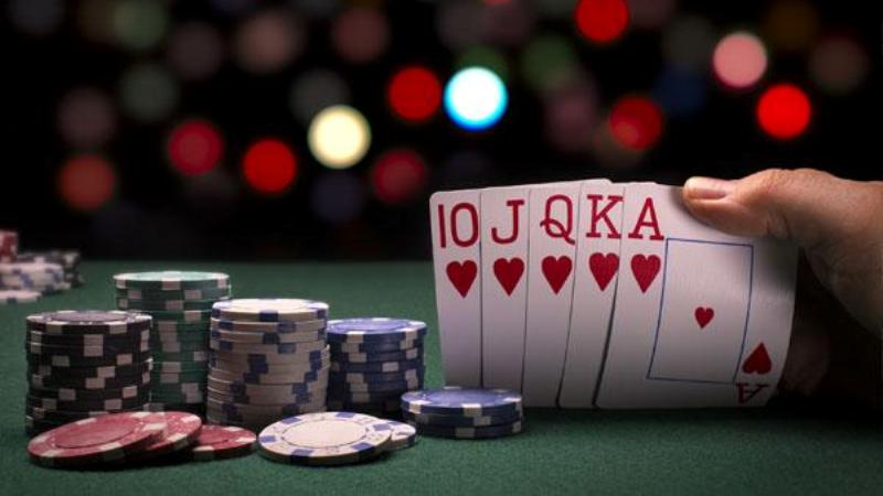 Strategi Turnamen Poker Tingkat Lanjut