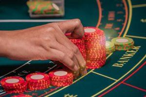 Menghasilkan Banyak Uang Dari Modal Kecil di Casino
