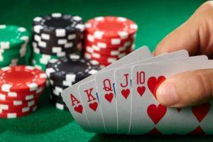 8 Taktik Main Poker untuk Pemula