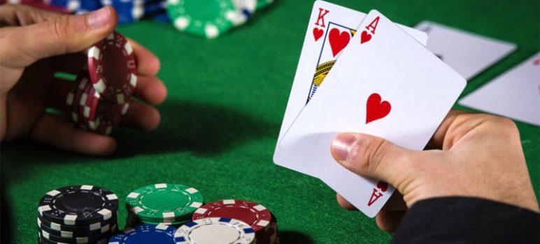 5 Tips Mengalahkan Taruhan Kecil Poker Online
